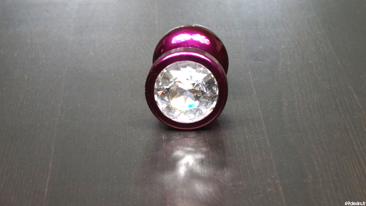Test du Plug Anal avec Cristal Swarovski Candy