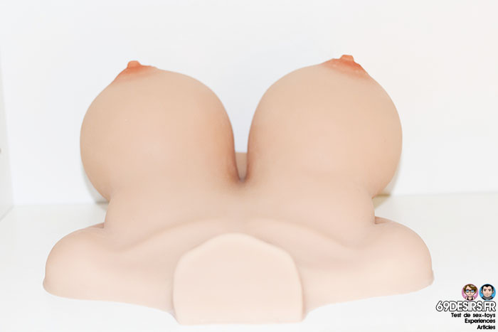 bouncing titties F 11