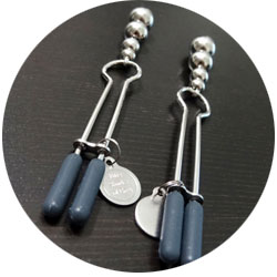 accessoires bdsm - pinces fifty shades of grey