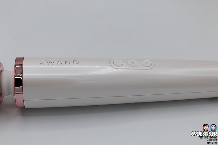 Le Wand Massager - 11